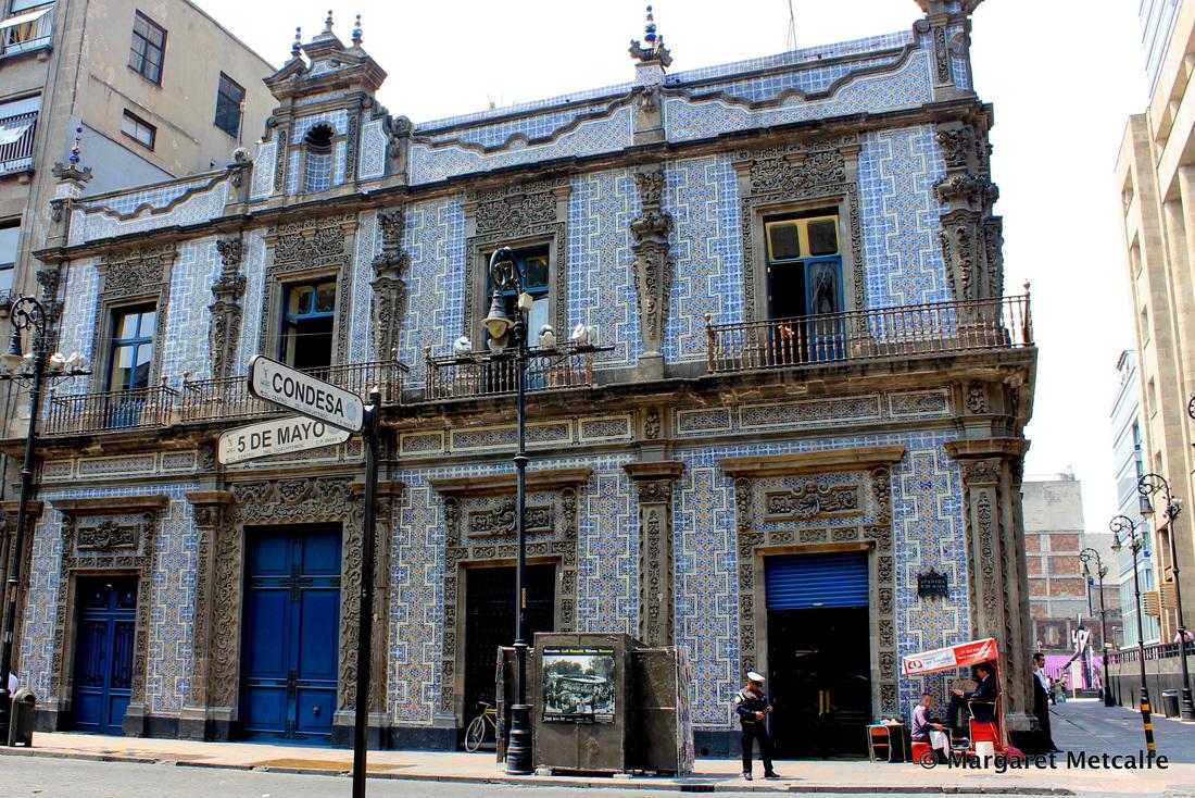 Casa de los azulejos for Casa de azulejos